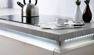 rampe lumineuse led cuisine clairage de la cuisine. Black Bedroom Furniture Sets. Home Design Ideas