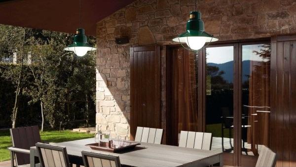 Conseils et astuces pour éclairer votre terrasse